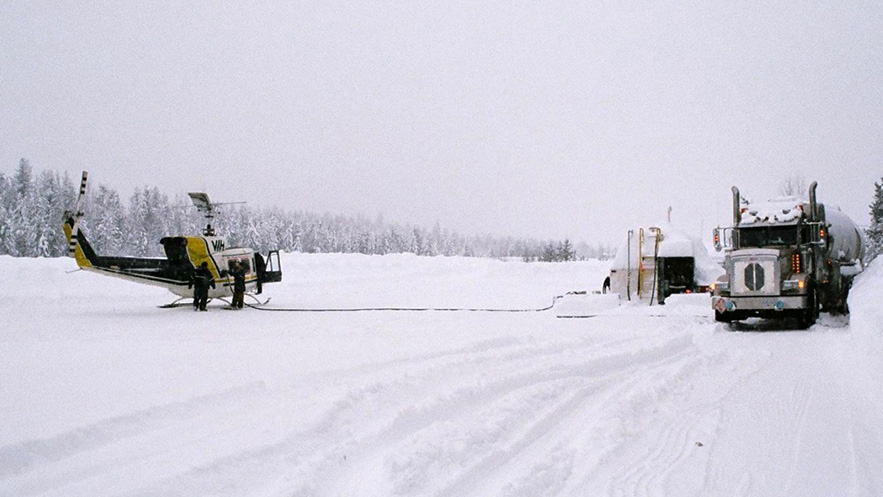 AVIATION-fuel-choppers-snow