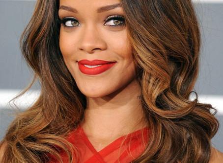 Rihanna Named Harvard University Names Rihanna  2017's Humanitarian of the Year