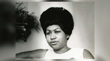 Aretha Franklin's publicist has confirmed that the legendary singer has died at the age of 76.