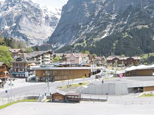 «Eiger+» Einkaufszentrum und Parking, Immobilienkommunikation