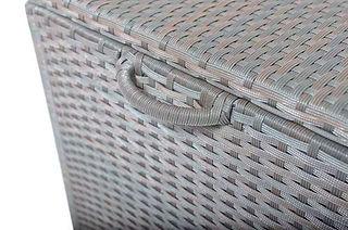 Box Detail.jpg