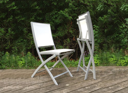 BISTRO.FOLDING.CHAIR.email 1