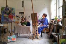 Clare van Stolk in her studio_