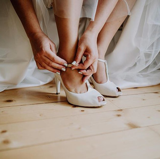 #gettingready #bride #weddingphotography