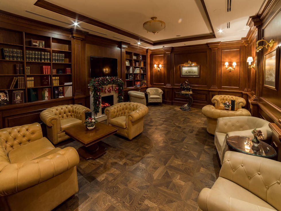 Гостиница Эрмитаж. Сигарная комната