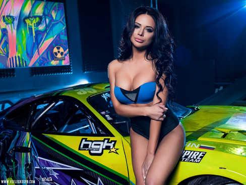 girls girl car машина голая девушка