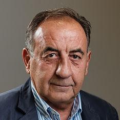 Yannis Zografos About