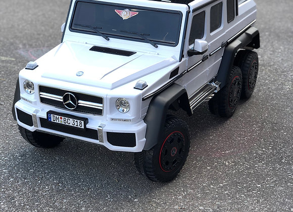 Large White Mercedes Benz G63 6x6 Electric Ride On For Kids