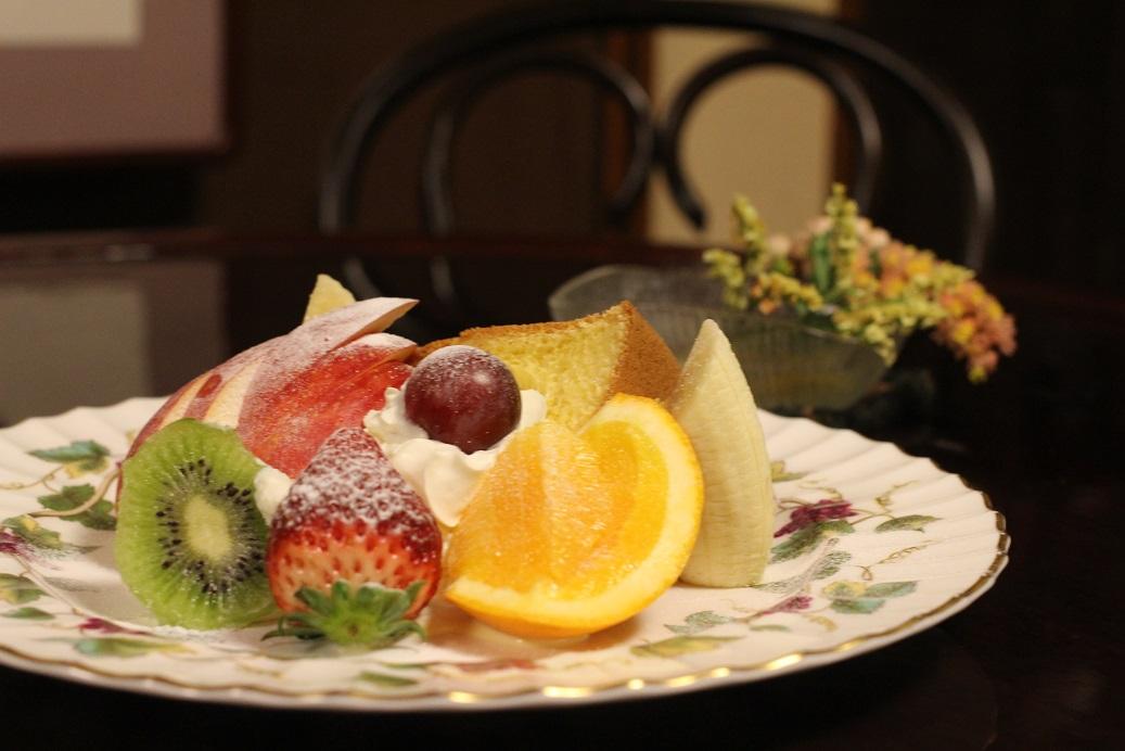 シフォンケーキ フルーツプレート