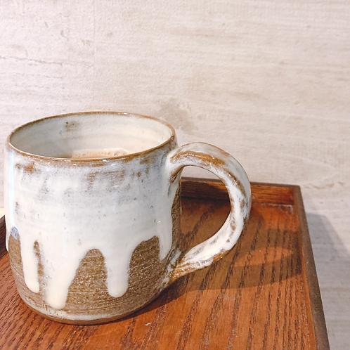 白の垂れゆうマグ/マグカップ