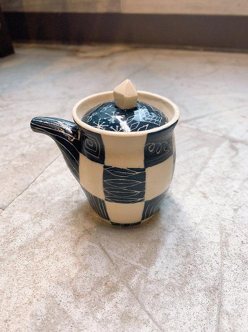 格子の醤油差し/醤油差し藍・黒