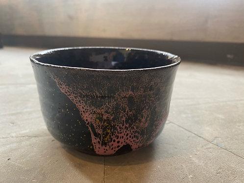 KinuyoYamashitaの桜流し掛け抹茶茶碗 赤座布団付き