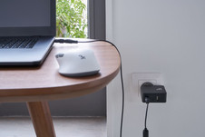 Chargeur PC 65W table.JPG