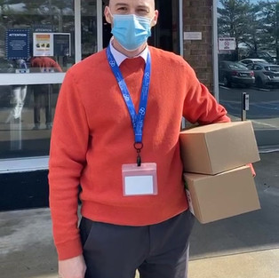 100 Masks Delivered to The Hamlet Rehabilitation and Healthcare Center in Nesconset, New York