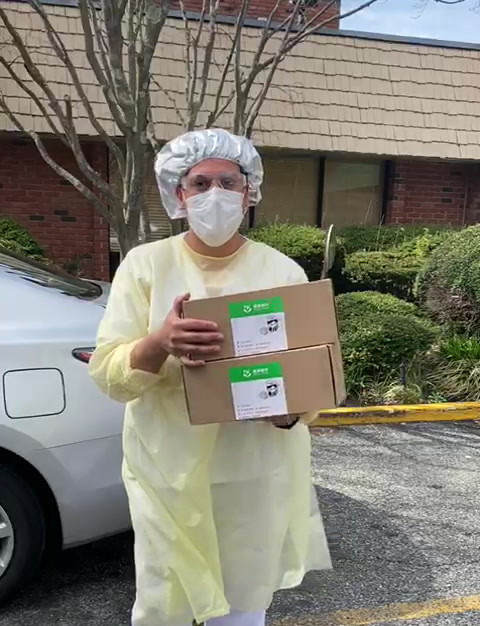 100 Masks Delivered to Apex Nursing Home in Huntington, New York