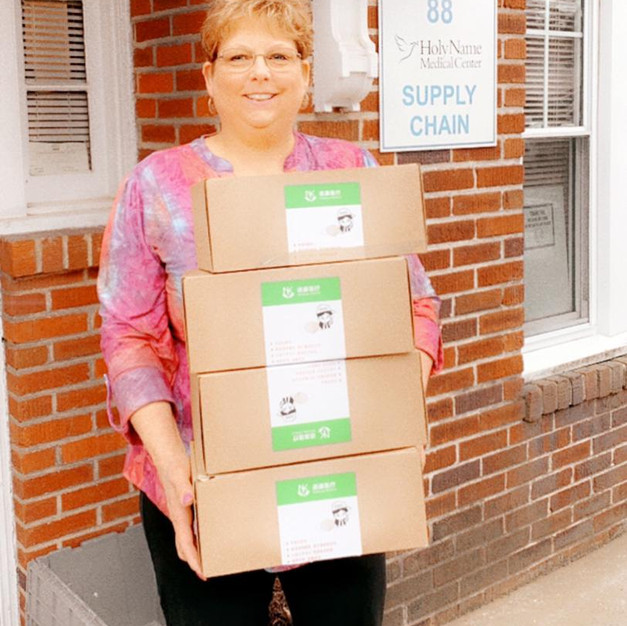 200 Masks Delivered to Holy Name Hospital in Teaneck, New Jersey