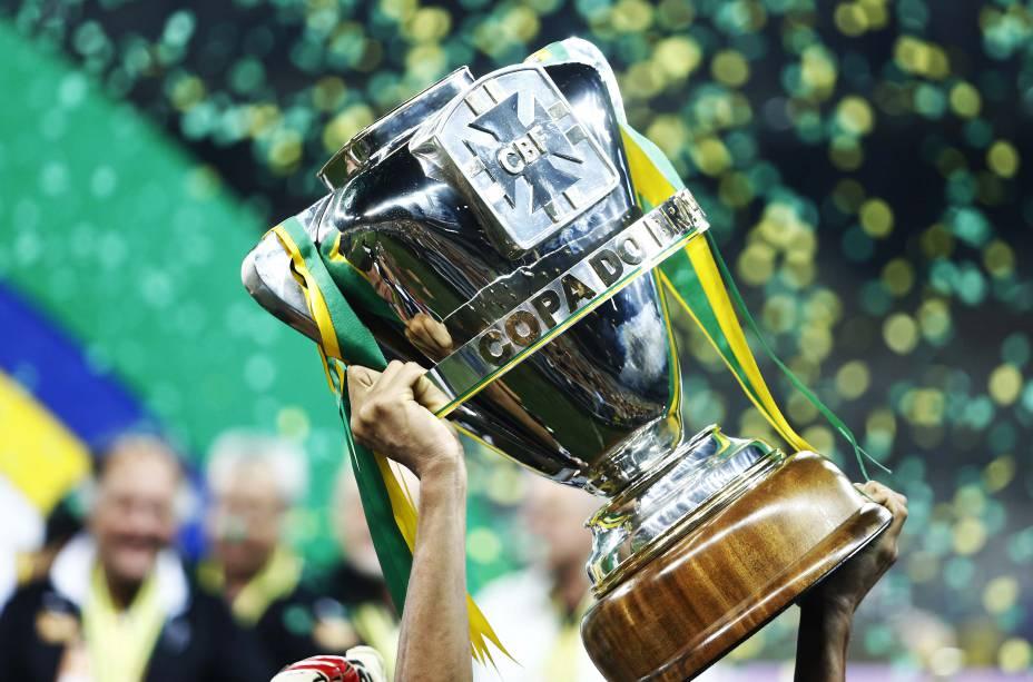 Agora, a Copa do Brasil...
