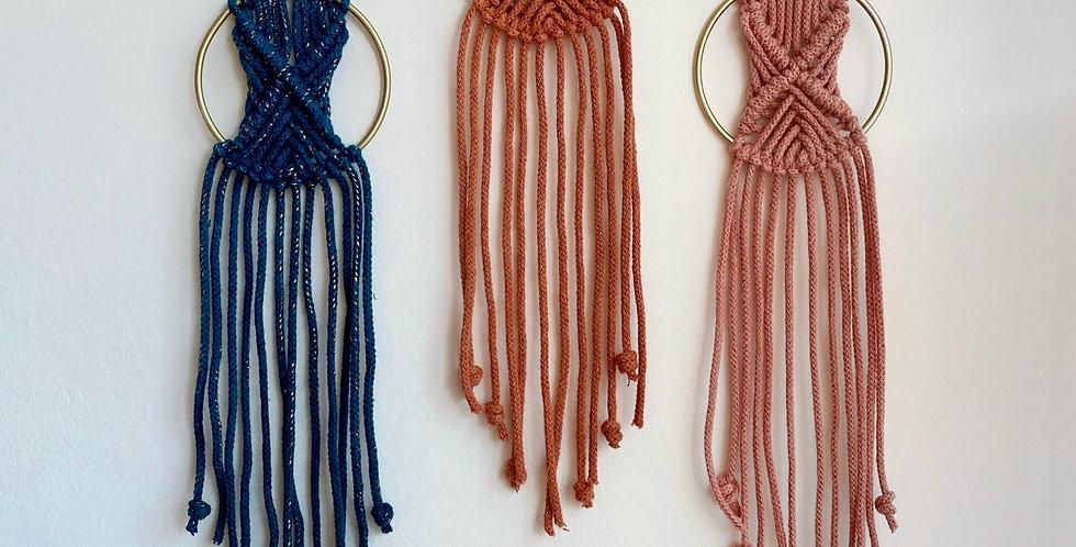 Mini macramé hanger