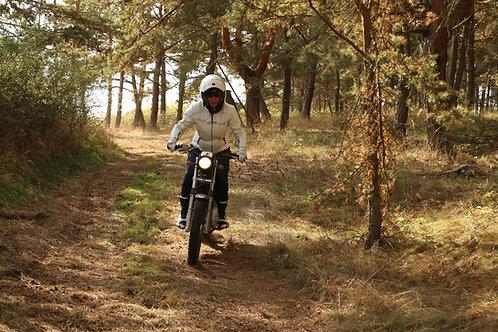 CESTA Z MĚSTA pro dámy (včetně zapůjčení motorky)