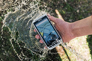 Nautiz-X2-handheld-IP65-water-Android-7.