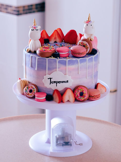 Unicorn Strawberry Cream Cake (with the cake stand)