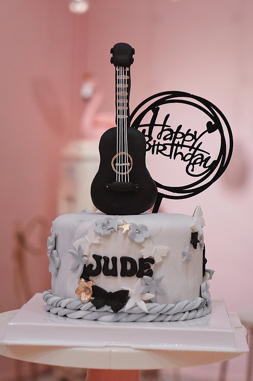 Fondant Guitar Cake