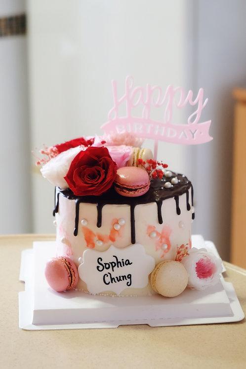 Floral Macaroon Cream Cake
