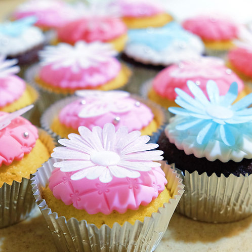 Floral and Butterflies Cupcakes