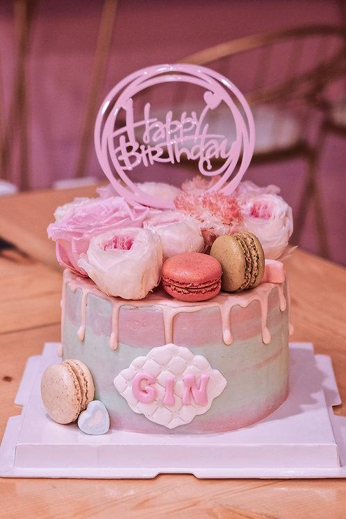 Macaroon Floral Cream Cake