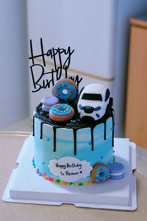 Car and Donuts Cake