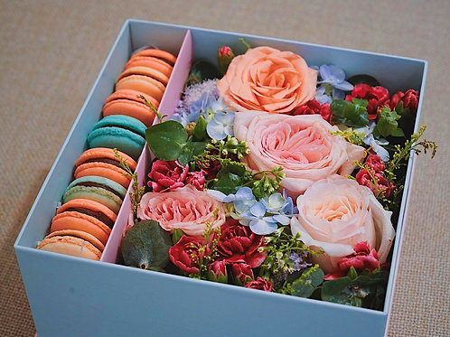 Macaroons Floral Gift Boxes