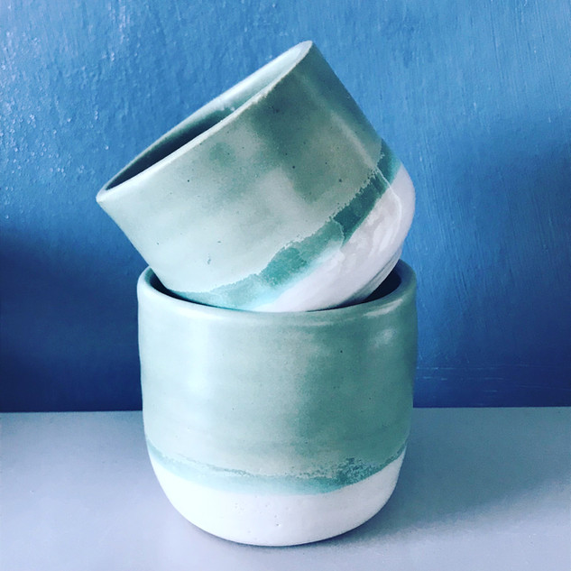 Small and medium pots
