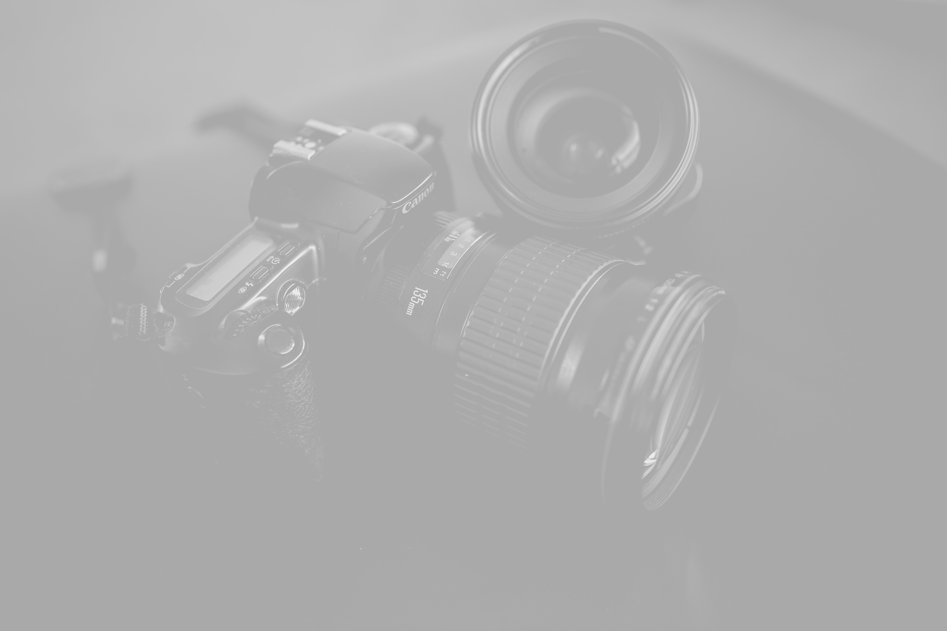 Canon%20camera%20135mm%20lens_edited.png