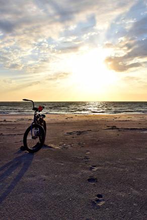 Empty Bicycle on Beach_1303.jpg