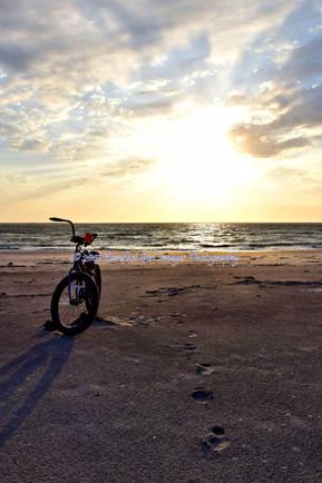 Empty Bicycle on Beach_1303 BGI.jpg