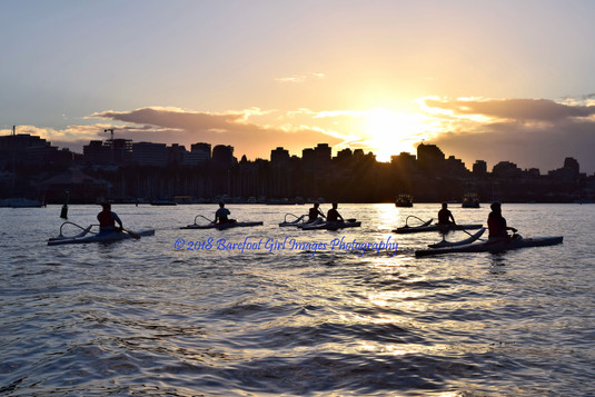Vancouver Kayakers at Sundown 39473 BGI.