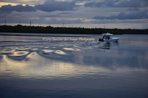 Boat Ripples 18274 BGI.jpg