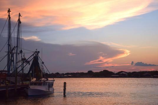 Shrimp Boat  on Intracoastal 03366.jpg