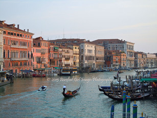 Gondola on Grand Canal BGI -700.jpg