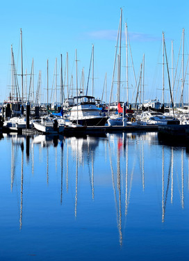 Sailboat Reflections in Marina 13773.jpg