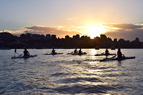 Vancouver Kayakers at Sundown 39473.jpg