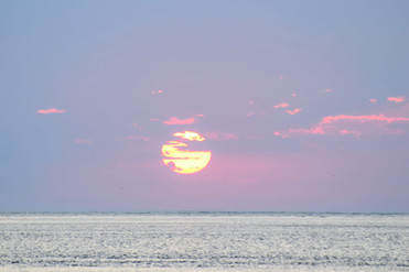 Fiery Sun at Dawn 40440.jpg