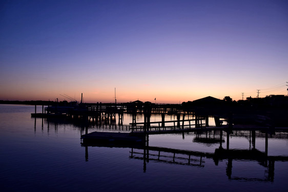 Blue Marina Dawn 13650.jpg
