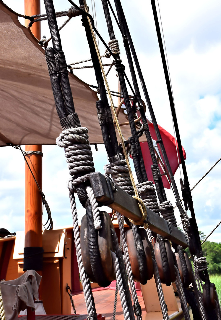 Wooden Ship Blocks and Tackle 13921.jpg