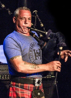 Piping with The Headstones