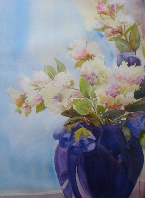 White Hydrangea in Blue Vase (K98)