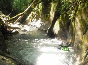 Canyoning Grenoble avec In Canyon We Trust dans l'Oisans dans le canyoning du Roberand