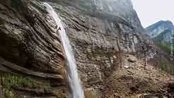 Canyoning avec moniteur indépendant autour de Grenoble, Lyon, Valence et Chambéry. Venez vous rafraîchir dans les massifs du Vercors et de la Chartreuse.