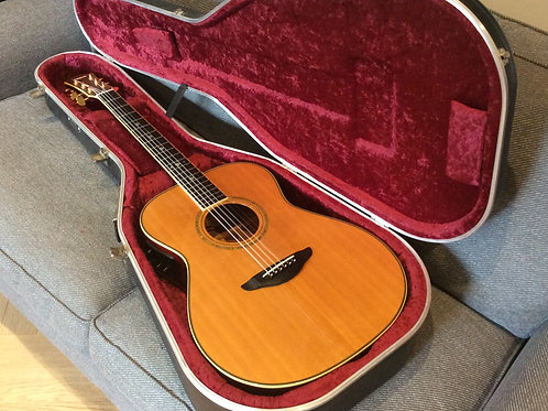 Yamaha LSX 400 Acoustic Guitar And Case