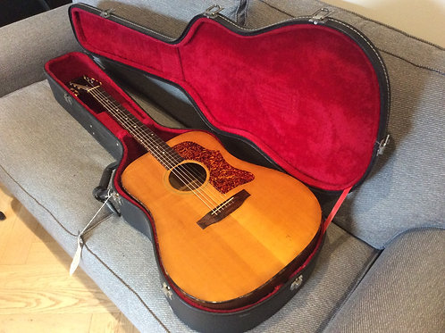 Gibson J40 1974 AndnPeriod Correct Hard Case